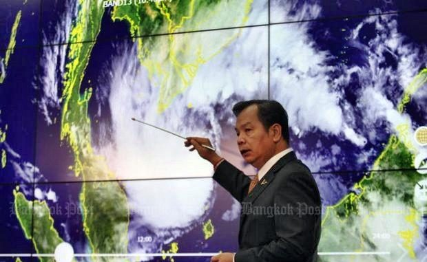 Les touristes pris au piège par la tempête Pabuk — Thaïlande